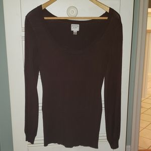 Tommy Jean's brown lightweight sweater